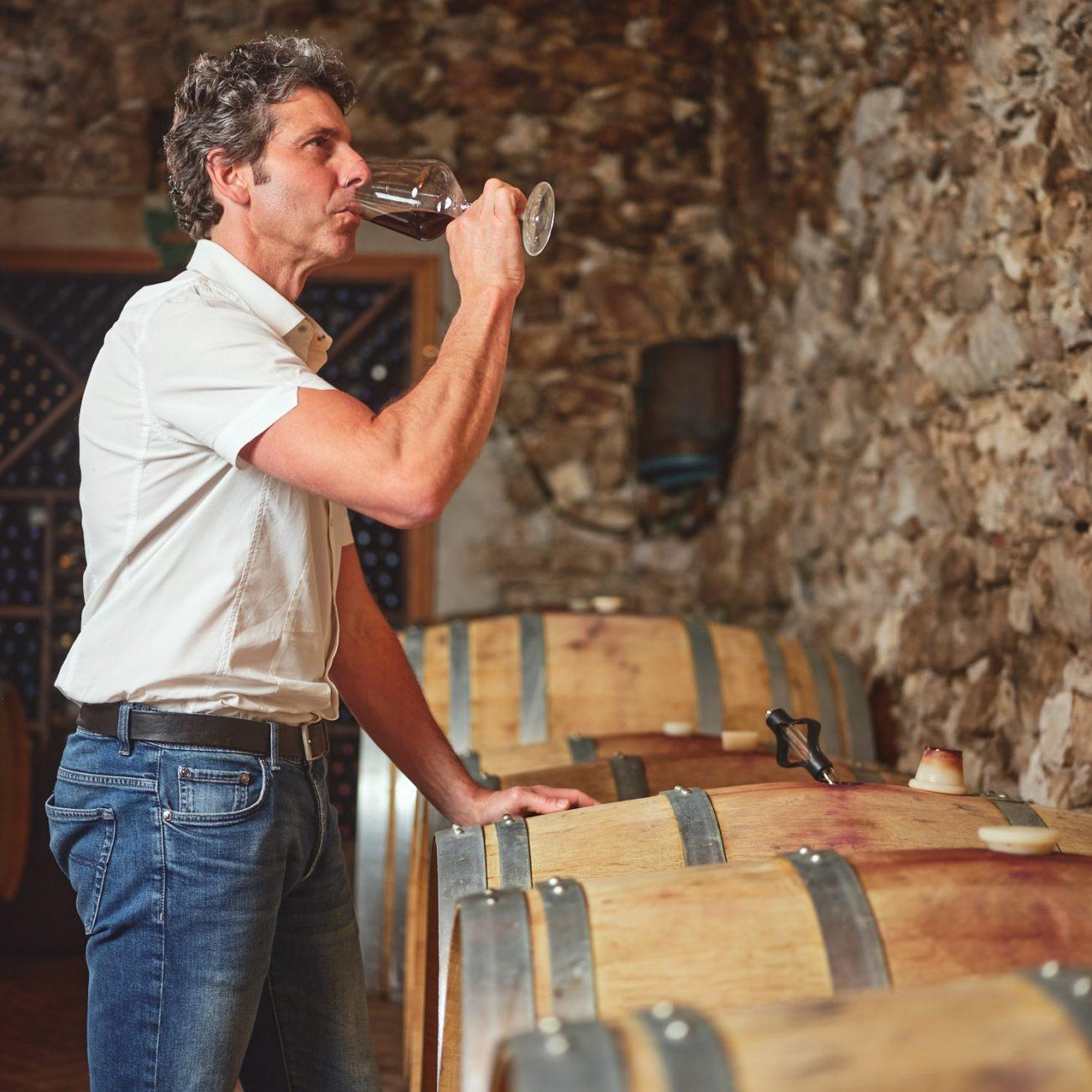 Bailoni-Stefano-assaggio -vino-cantina-2-min